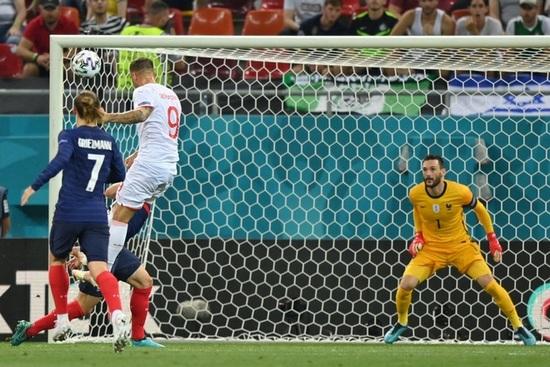 Nỗi đau xé lòng của Mbappe khi hóa tội đồ khiến Pháp bị loại ở Euro 2020 - 2