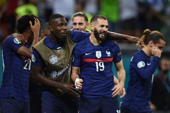 Nỗi đau xé lòng của Mbappe khi hóa tội đồ khiến Pháp bị loại ở Euro 2020 - 6