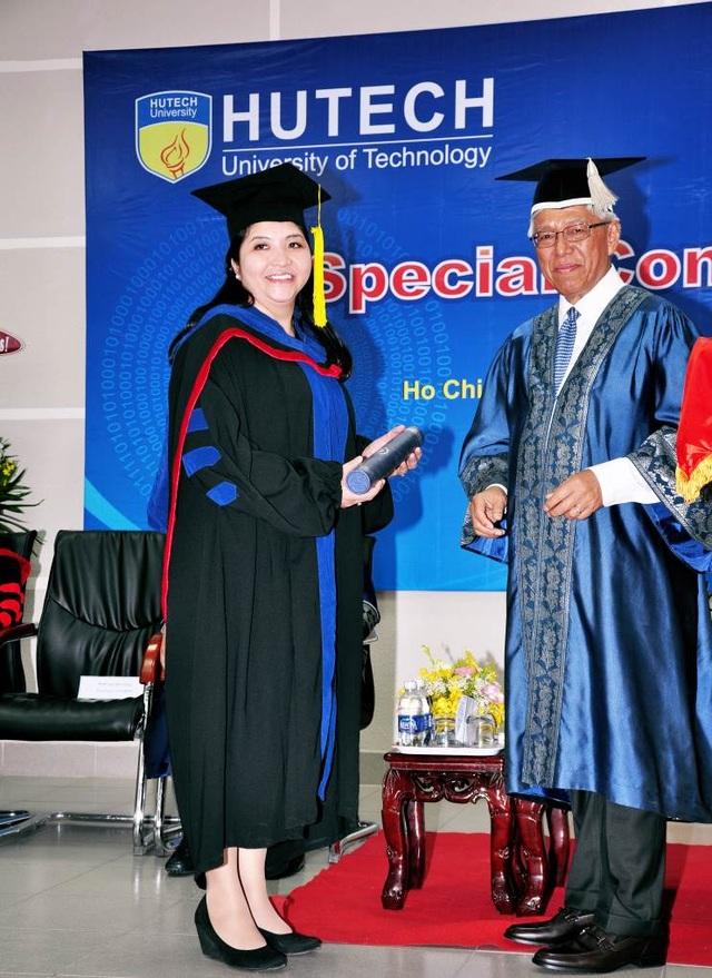 Chị Phạm Thị Thanh Phương - Phó Tổng Giám đốc Công ty cổ phần Vận tải tốc hành Mai Linh