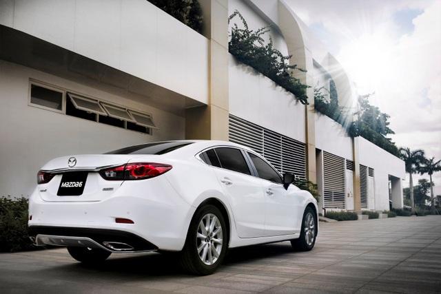 Bên cạnh ngôn ngữ thiết kế KODO, Mazda6 còn là mẫu xe tiên phong trong việc sử dụng công nghệ Skyactiv giúp tối ưu năng suất của hệ thống truyền thống.