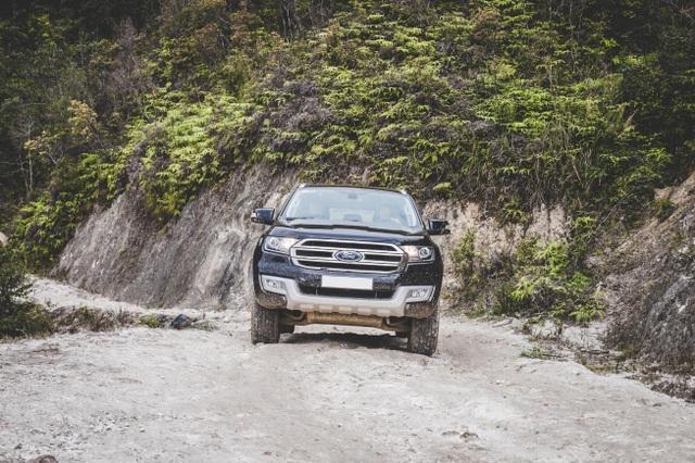 Điều chỉnh giá, Ford Everest 2017 quyết làm nên chuyện - 4