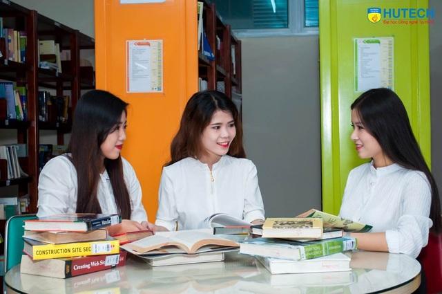 Năm 2017, HUTECH tuyển sinh trình độ đại học chính quy với 4.900 chỉ tiêu