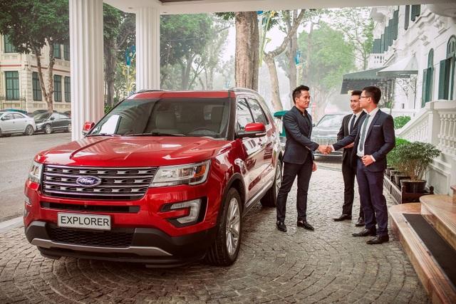 """Tựu chung lại, Ford Explorer 2017 hoàn toàn xứng đáng là sự lựa chọn hàng đầu trong phân khúc xe thể thao đa dụng cỡ lớn tại Việt Nam khi nó đáp ứng đủ tiêu chí """"n trong 1""""."""