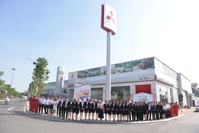 Đội ngũ nhân viên, kỹ thuật viên được đào tạo chuyên nghiệp tại hệ thống đại lý của Mitsubishi An Dân