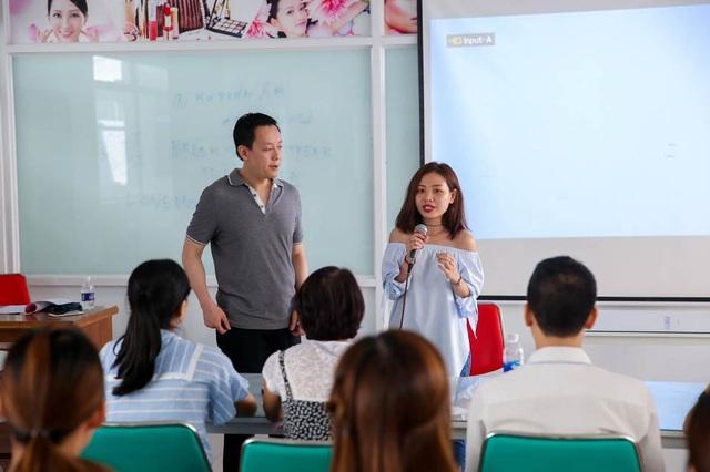 Nói tiếng Anh chuẩn là một trong những rào cản giao tiếp của sinh viên Việt Nam hiện nay