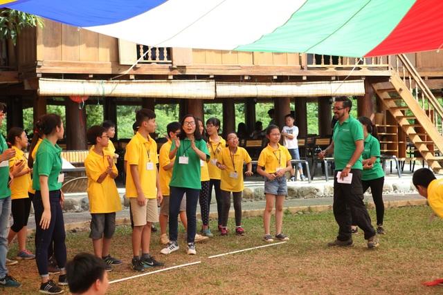 Được làm việc với các phụ trách trại người nước ngoài sẽ tạo thêm hứng thú hoạt động và trau dồi khả năng giao tiếp cho các trại viên