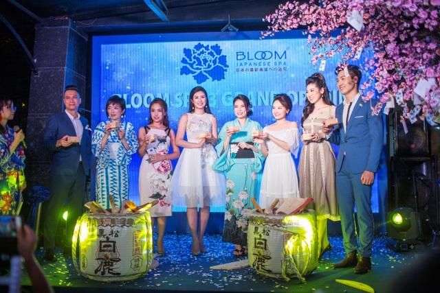 Lễ đập rượu Sake đánh dấu một bước tiến mới đầy quan trọng của Bloom Spa