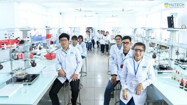 Phòng thí nghiệm ngành Dược HUTECH đẹp và hiện đại
