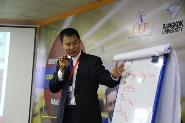 Các Lead Lecturers là những Tiến sĩ chuyên ngành và Industry Mentors là quản lý cấp cao