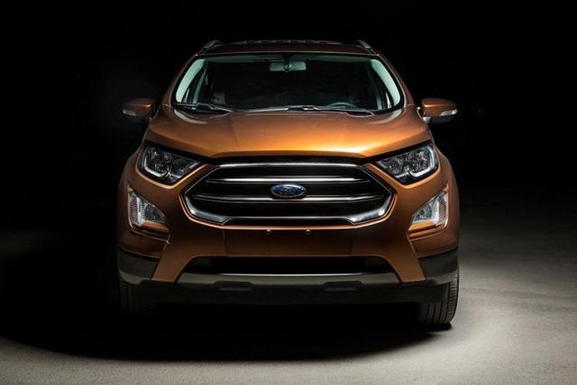 Ford EcoSport 2018 nâng cấp triệt để từ trong ra ngoài - 1