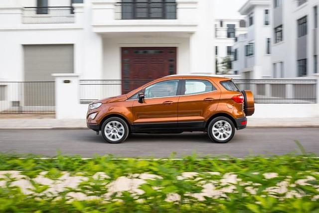 Ford EcoSport 2018 nâng cấp triệt để từ trong ra ngoài - 2