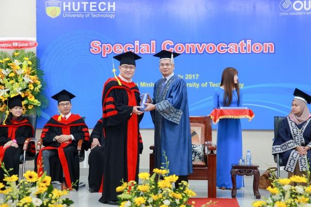 Học viên chương trình MBA OUM tại Đại học HUTECH hầu hết là những người nắm giữ vị trí cao trong doanh nghiệp