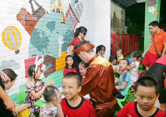 """""""Trại hè quốc tế"""" là mảnh ghép hoàn hảo giúp con bổ sung những kỹ năng cần thiết trong quá trình hoàn thiện nhân cách bản thân."""