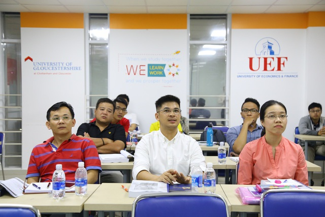 Học viên chương trình MBA BU