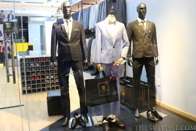 Sự chuyên nghiệp, đẳng cấp là những ấn tượng đầu tiên The Suit 1991 mang lại cho khách hàng