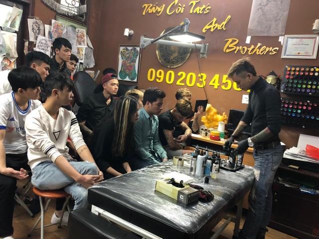 Kiên quyết khởi nghiệp dù bị gia đình phản đối và cái kết cho chàng trai mê Tattoo - 3