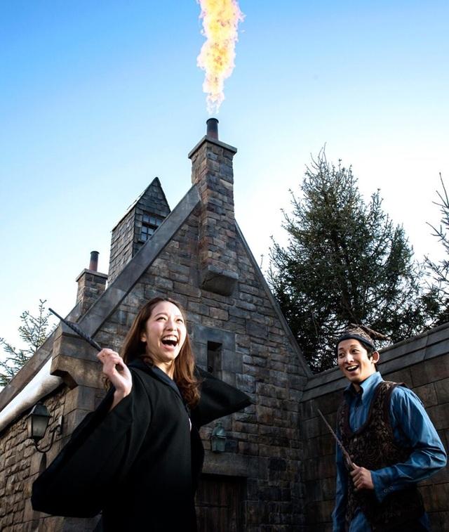 Hòa mình vào thế giới phù thủy đầy mê hoặc (Nguồn ảnh: Warner Bros. Entertainment Inc. Harry Potter Publishing Rights JKR. (s18))