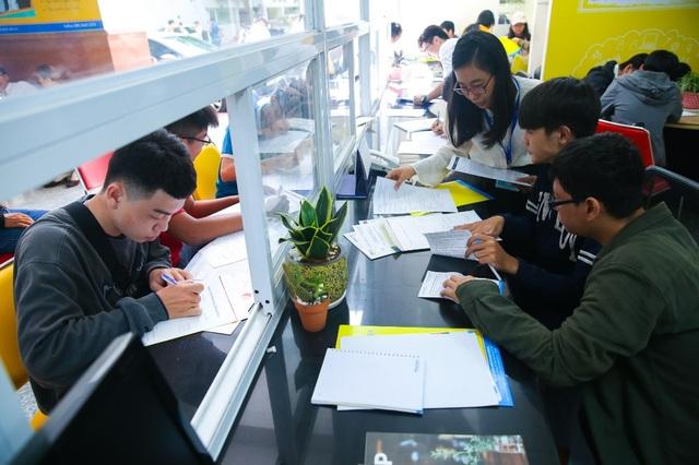Đại học HUTECH nhận hồ sơ xét tuyển học bạ đến ngày 31/7