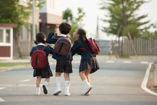 Mọi nhu cầu sống như học tập, làm việc, giải trí đều được đáp ứng với chất lượng tốt nhất ngay trong khu đô thị.