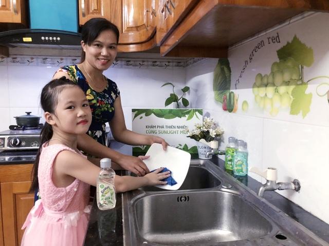 Mẹ Huyền Dinh tin tưởng chọn Sunlight cho gia đình.