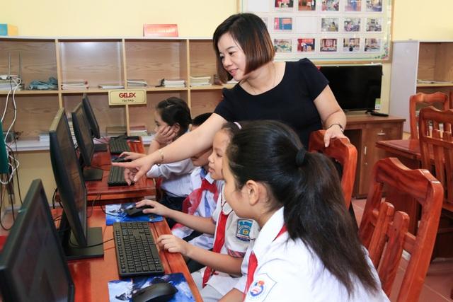 Gelex trao tặng thư viện sách cho trường tiểu học Thanh Hải, Hà Nam - 2