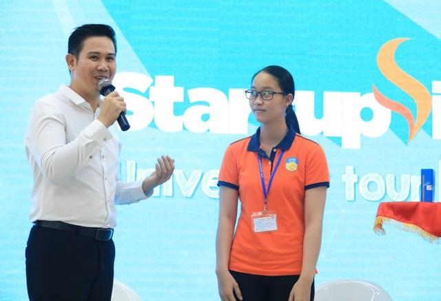 Chủ tịch Asanzo đưa ra nhiều lời khyên thiết thực cho các bạn trẻ đam mê khởi nghiệp
