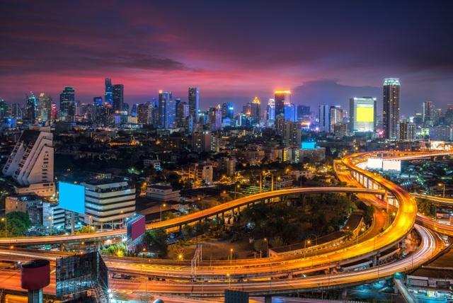 Cơ sở hạ tầng và hệ thống giao thông công cộng của Bangkok được so sánh ngang với các nước phát triển