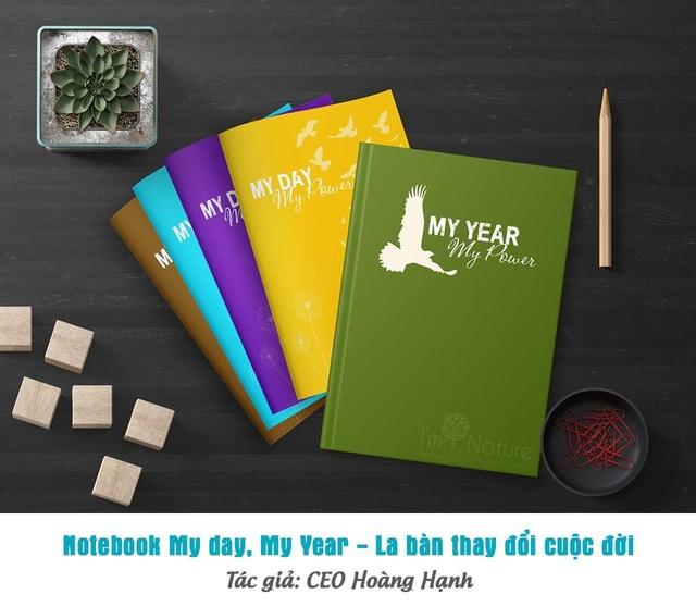 """Bộ sổ My Day - My Year của tác giả CEO Hoàng Hạnh - được đánh giá như là """"La bàn thay đổi cuộc đời"""", giúp nhiều chị em phụ nữ thành công, hạnh phúc trong cuộc sống."""