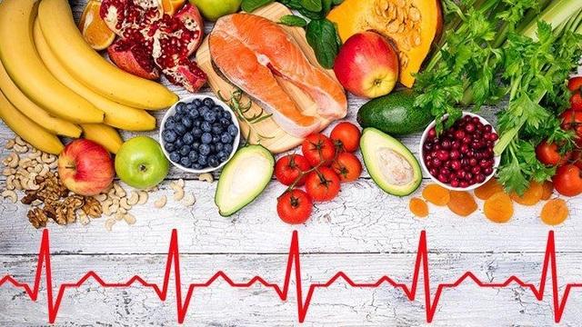 Chế độ ăn uống, luyện tập lành mạnh mang đến sức khỏe và làm chậm tiến trình hở van của người bị bệnh hở van tim 2 lá 1/4.