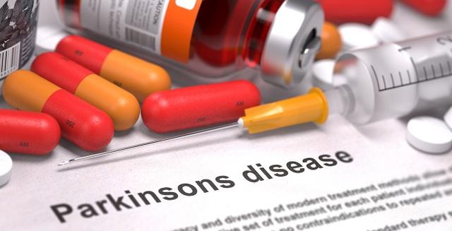 Bệnh nhân Parkinson phải sử dụng thuốc cả đời và chịu nhiều phản ứng phụ.