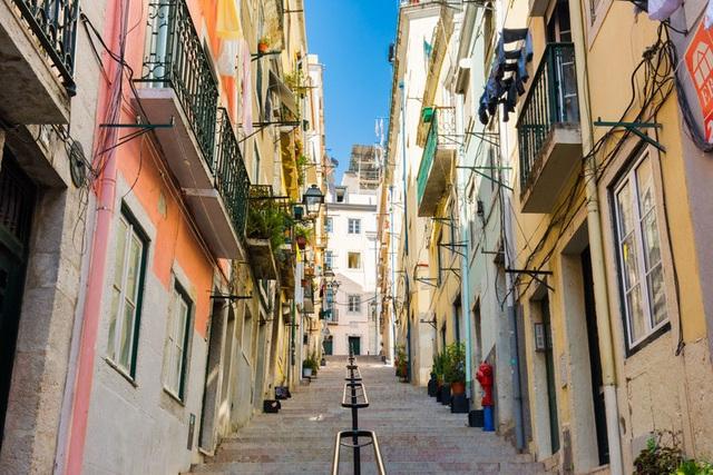 Một góc yên bình của Lisbon