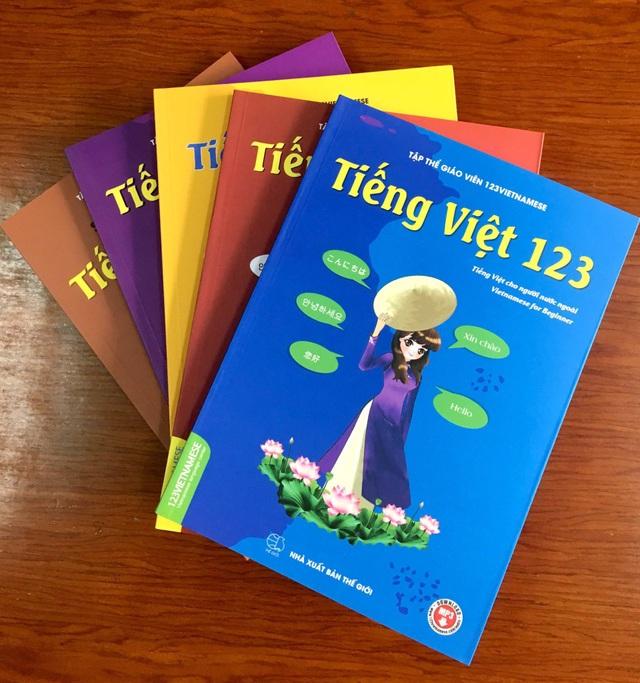 Sách dạy tiếng Việt cho người nước ngoài - 1