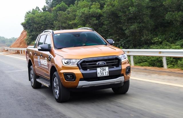 Đánh giá ưu và nhược điểm của Ford Ranger Wildtrak 2.0 bi-turbo 2018 - 1