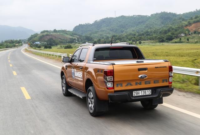 Đánh giá ưu và nhược điểm của Ford Ranger Wildtrak 2.0 bi-turbo 2018 - 2