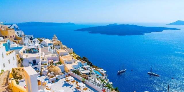 Những hòn đảo xinh đẹp luôn khiến Hy Lạp nằm trong danh sách các quốc gia phải đến một lần trong đời