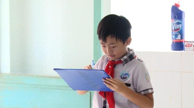 """Xây dựng các đội """"sao đỏ"""" nhà vệ sinh, Vim muốn nâng cao ý thức tự giác giữ gìn vệ sinh của các em nhỏ"""
