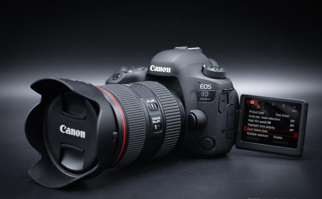 Đánh giá Canon 6D Mark II: Chiếc máy ảnh giá hấp dẫn sẵn sàng xông pha mọi điều kiện - 1