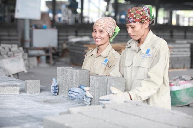 Khang Minh là đơn vị tiên phong trong lĩnh vực sản xuất gạch bê tông không nung, mang đến những giá trị thiết thực cho cộng đồng