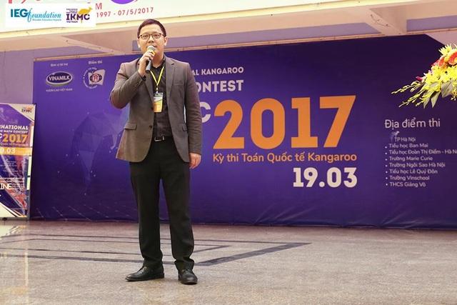 PGS.TS. Lê Anh Vinh phát biểu trong ngày hội toán Quốc tế Kangaroo