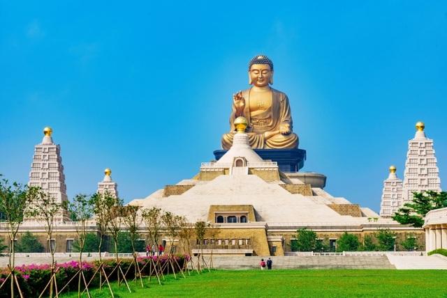 10 ngôi chùa nổi tiếng cho hành trình đầu năm mới - Ảnh 7.
