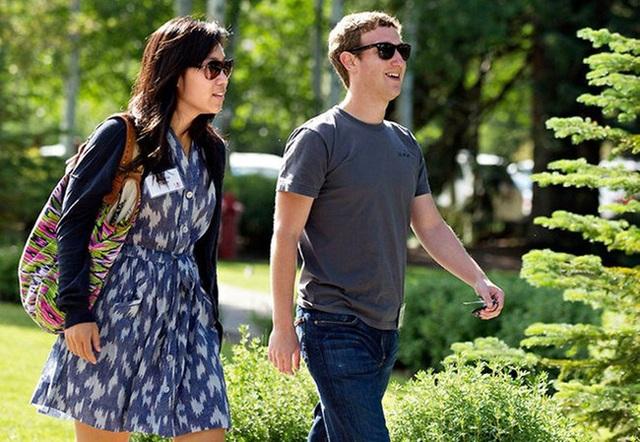 Mark Zuckerberg cùng vợ đã thăm thú Hạ Long và Sa Pa.
