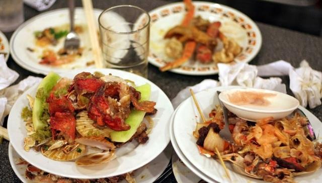 Đồ ăn thừa không đem bỏ mà được giữ lại và bảo quản cẩn thận. (Ảnh: Internet)