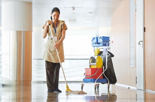 Giúp việc là công việc khá phổ biến ở xã hội hiện đại. (Ảnh minh họa)