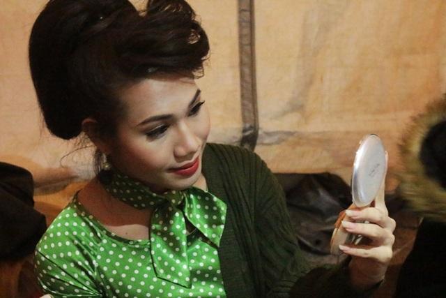 La Lam nổi tiếng trong cộng đồng LGBT vì vẻ ngoài xinh đẹp.