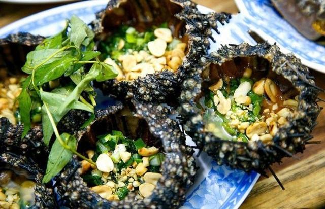 Nhum được xem như món ăn quý hiếm, không phải lúc nào muốn ăn cũng có.