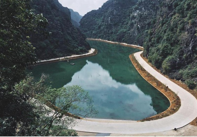 """""""Tuyệt tình cốc"""" ở Ninh Bình nằm trong quần thể di tích cố đô Hoa Lư. (Ảnh: chiikyu)"""