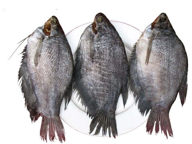 Khô cá sặc dễ chế biến và cũng dễ ăn.