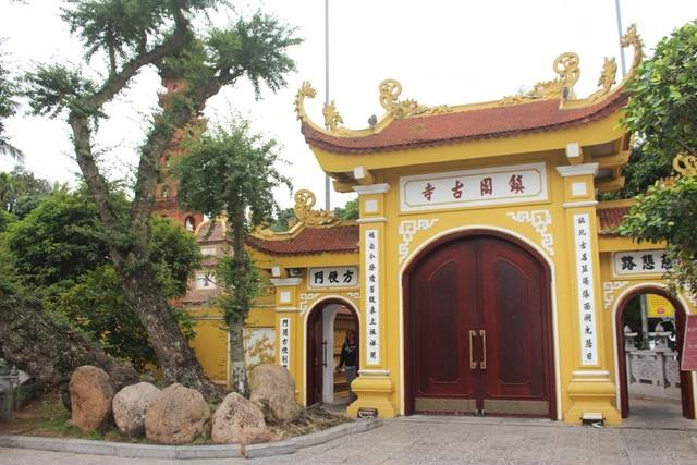 Cận cảnh ngôi chùa đẹp bậc nhất thế giới ở Hà Nội - 3