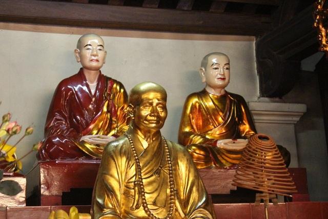 Cận cảnh ngôi chùa đẹp bậc nhất thế giới ở Hà Nội - 6