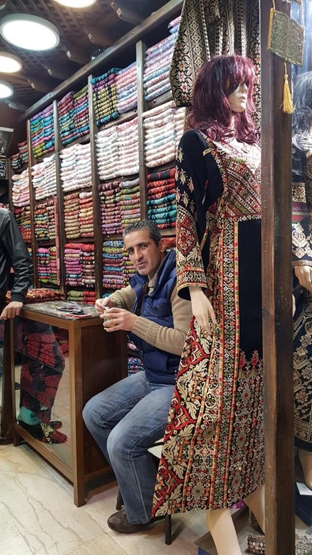 Niềm vui đi chợ Trung Đông – chợ của những người đàn ông - 4